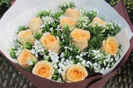 送老师送什么鲜花